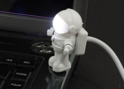 Astronauta led lámpa