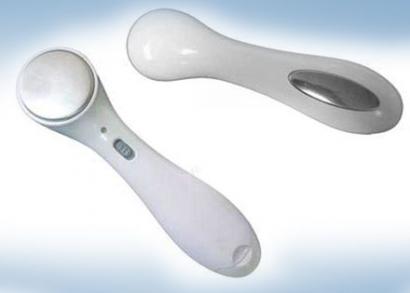 Vibrációs arcápoló készülék kollagénszérummal