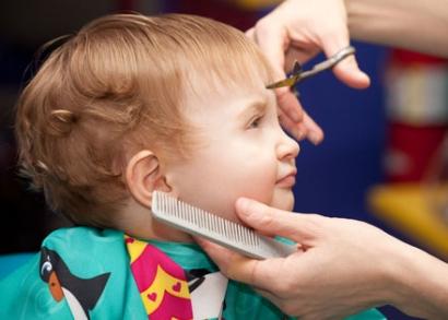 Gyermek hajvágás + mosás, bármilyen hajhosszra