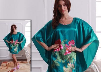 Stílusos női selyem hálóing ac0f175985