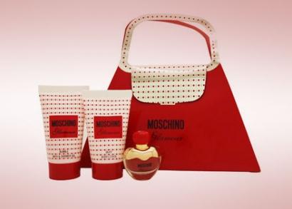 Glamour Moschino szépségcsomag parfümmel