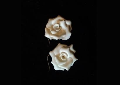 Egyedi rózsás fülbevaló